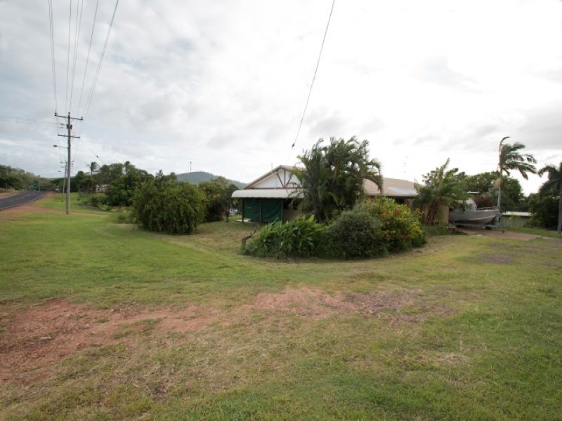 59 Charlotte, Cooktown, Qld 4895