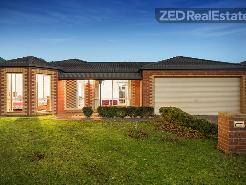 9 Manor Court, Cranbourne East, Vic 3977