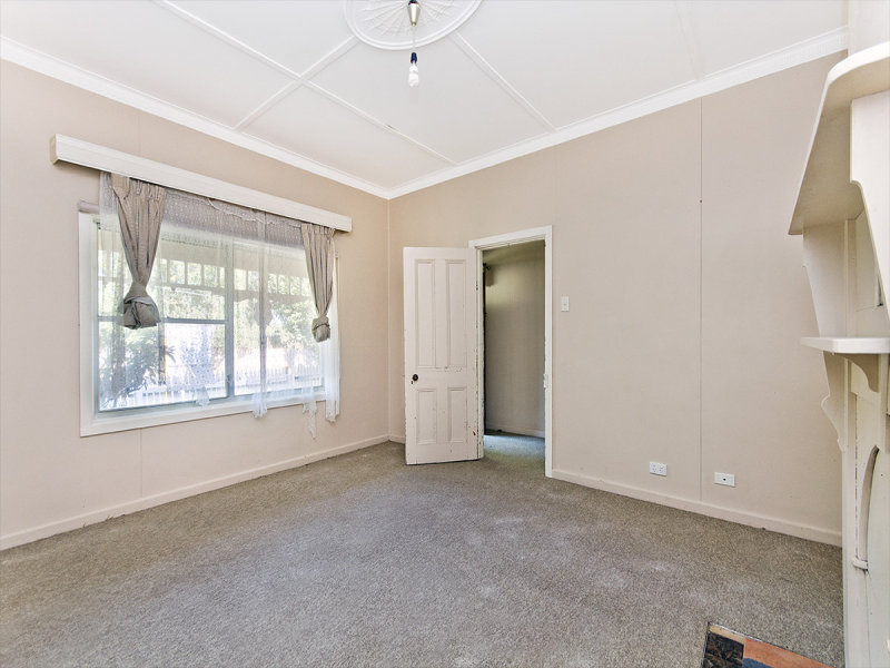 36 High Street, Koroit, Vic 3282