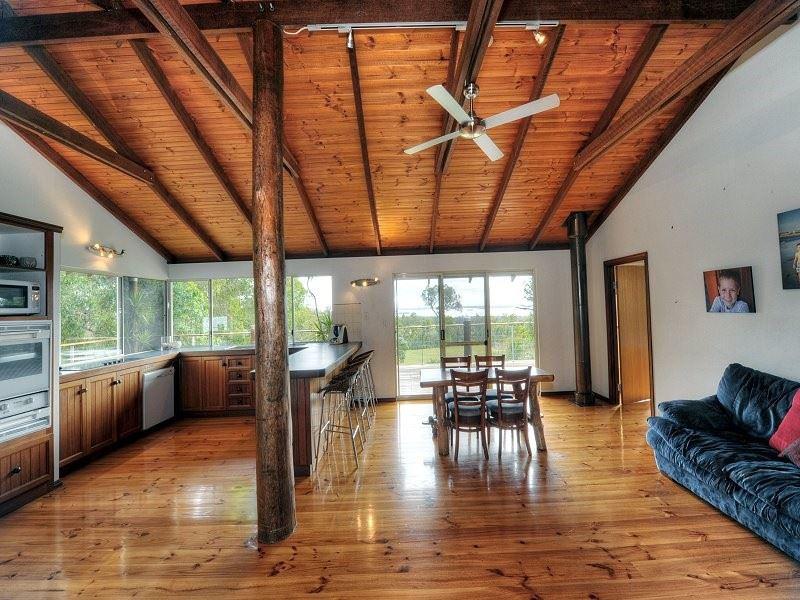 87 Thompson Cresent, Lake Clifton, WA 6215