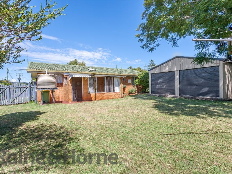 33 Knockator Crescent, Centenary Heights, Qld 4350