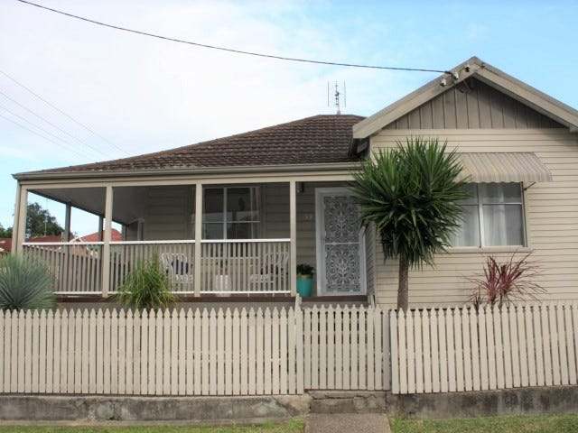 33 Macquarie Street, Wallsend, NSW 2287