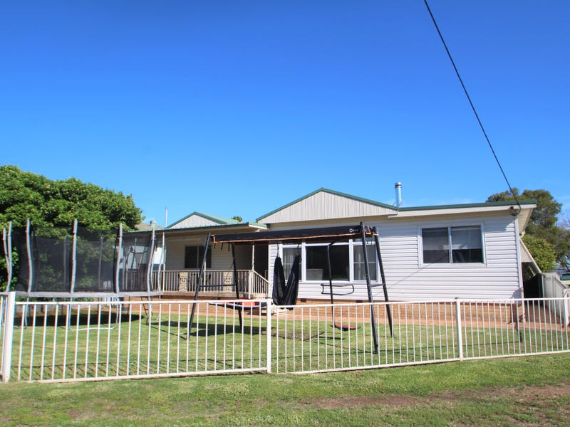 11 Renshaw Avenue, Singleton, NSW 2330