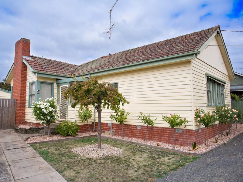 1 Lovenear Grove, Ballarat East, Vic 3350