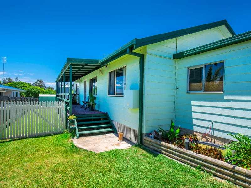 56 Ocean View Road, Arrawarra Headland, NSW 2456