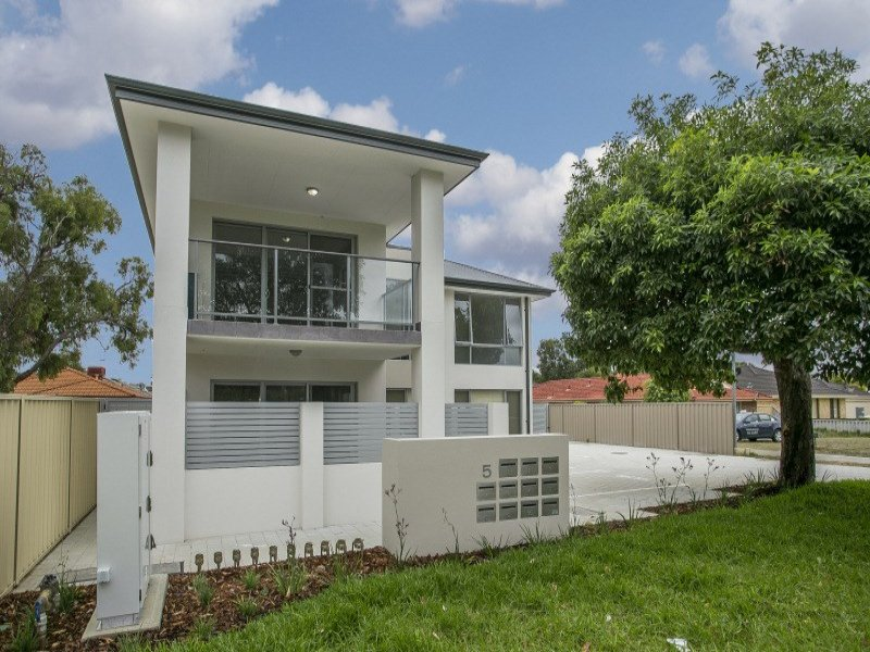 5 Parkview Parade, Redcliffe, WA 6104
