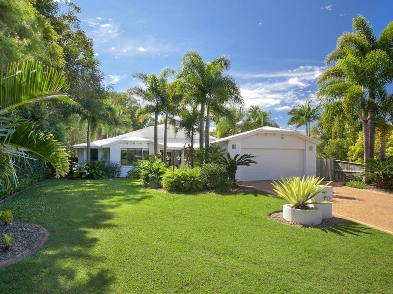 12 Helm Court, Noosa Waters, Qld 4566