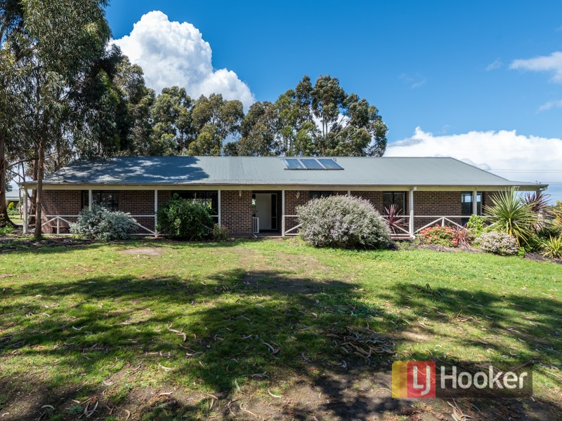 24 Walter Way, Cranbourne South, Vic 3977