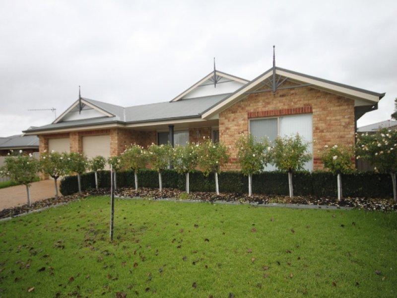 4 Cowan Place, Lloyd, NSW 2650