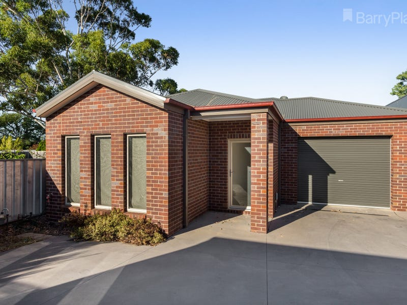 2/25a Booth Street, Golden Square, Vic 3555