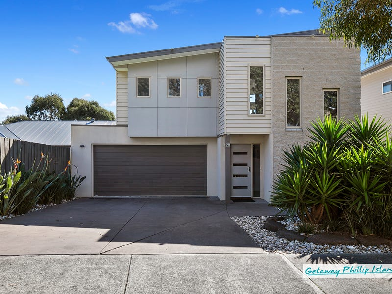 28 Norman Drive, Cowes, Vic 3922