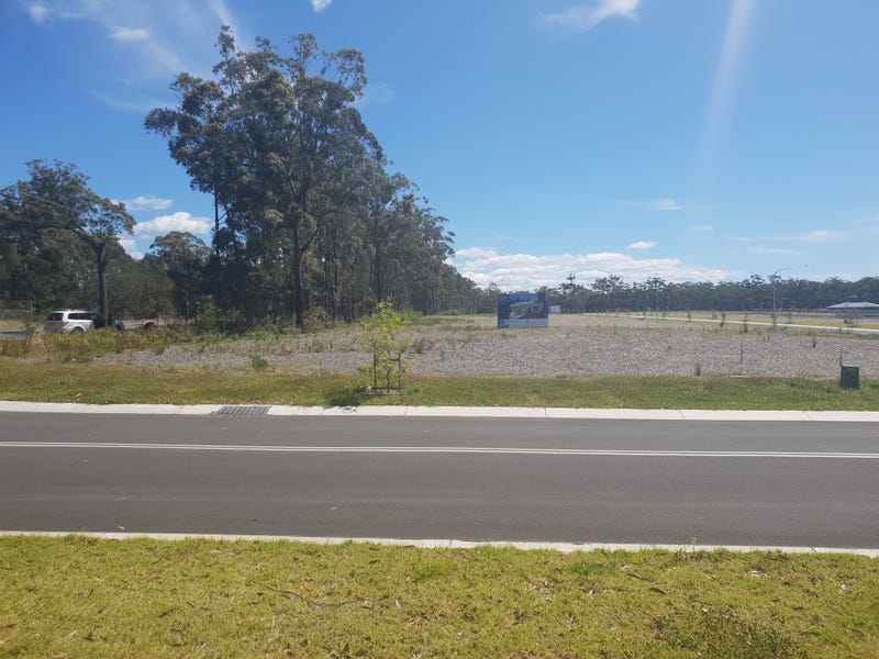 66 Peacehaven Way, Sussex Inlet, NSW 2540