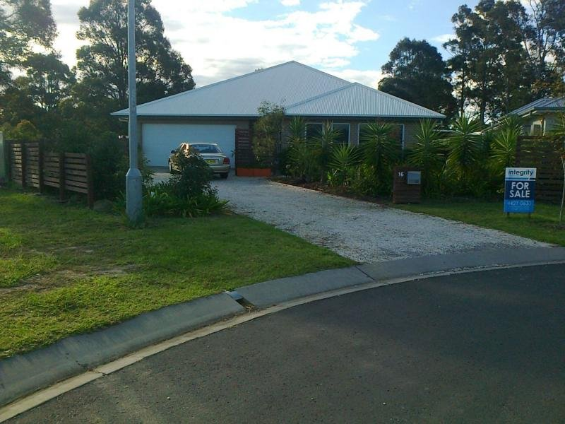 16 Hanover Close, South Nowra, NSW 2541