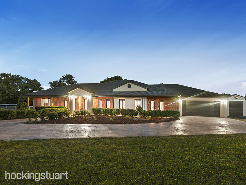 60 Forest Red Gum Drive, Mickleham, Vic 3064
