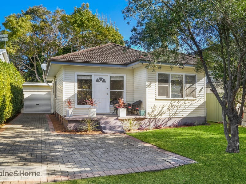 14 Lake View Parade, Umina Beach