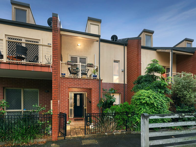 20 Simpson Walk, Kensington, Vic 3031