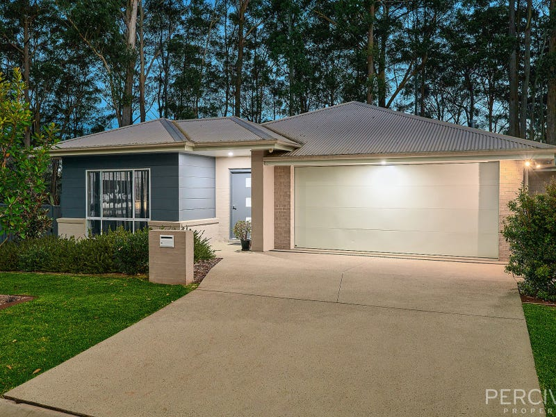 15 Kingston Town Loop, Port Macquarie, NSW 2444