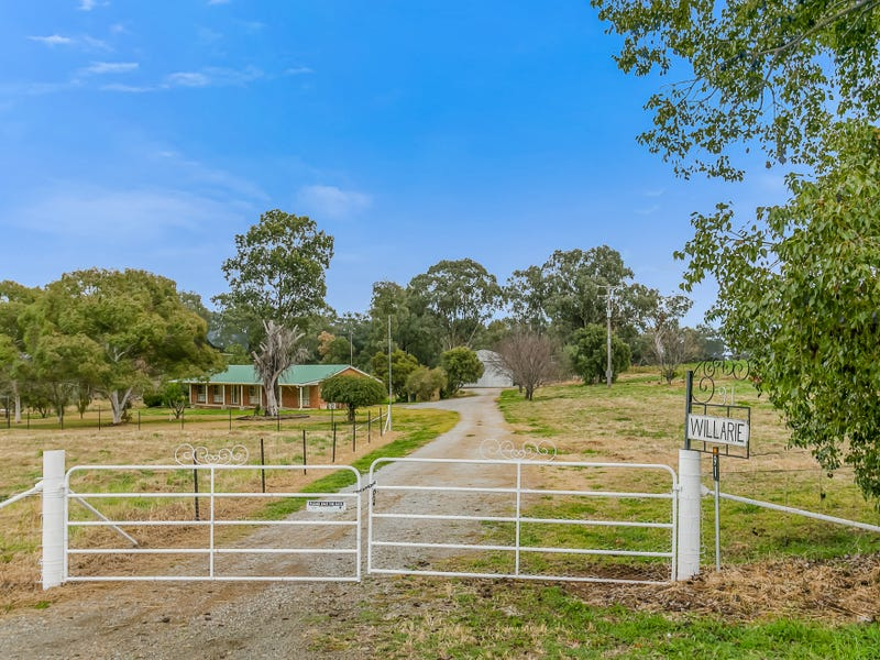 'Willarie' Martins Lane, Tamworth, NSW 2340