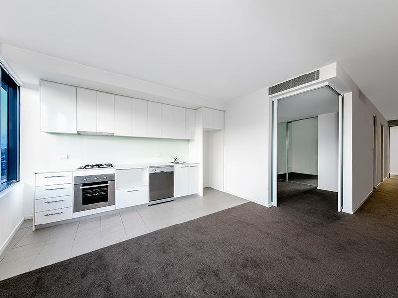 15.17/18  Mt Alexander Road, Travancore, Vic 3032