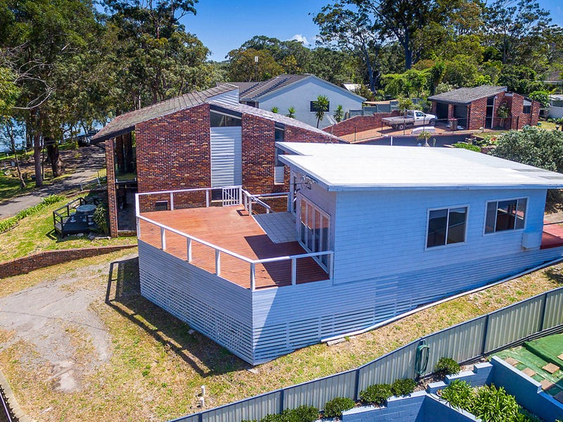 27 Gibbers Drive, Lemon Tree Passage, NSW 2319