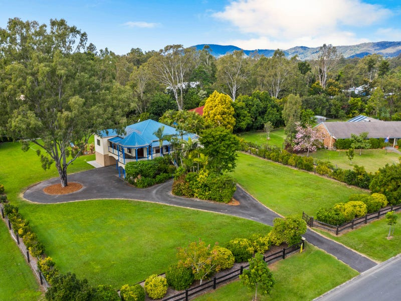 17 Showgrounds Drive, Highvale, Qld 4520