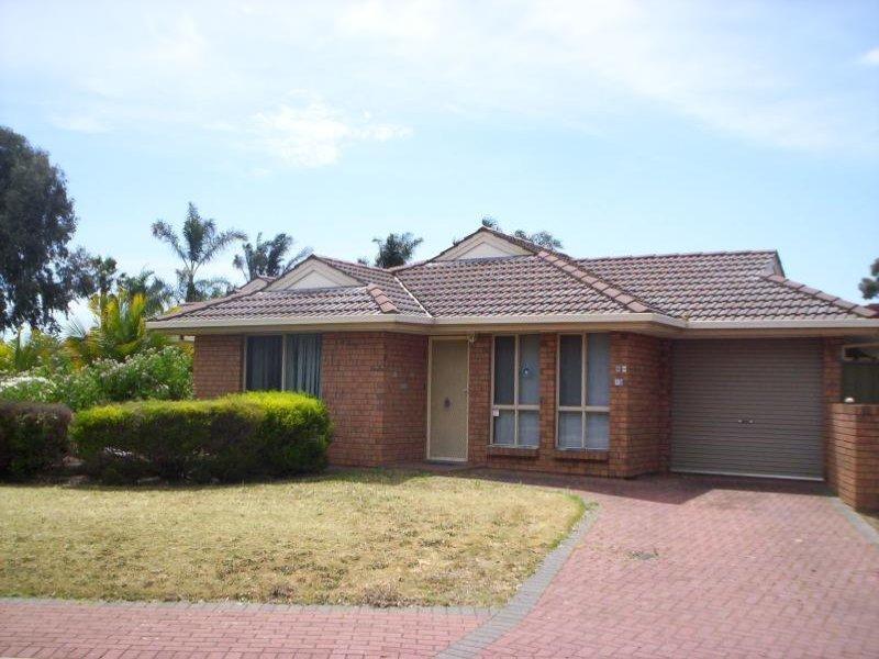 15 Eugine Crescent, Parafield Gardens, SA 5107
