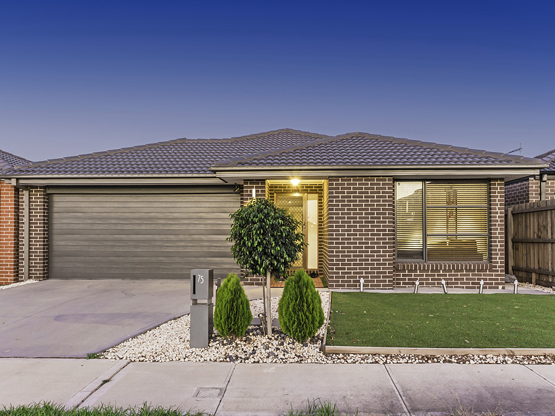 75  SUNNYBANK DRIVE, Point Cook, Vic 3030