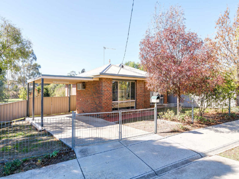 8  Lazarus Street, West Bendigo, Vic 3550