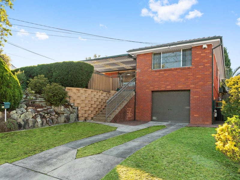 81 Jacaranda Drive, Georges Hall, NSW 2198