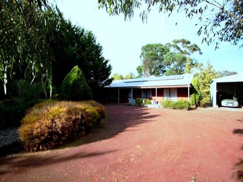9 Koallah Pomborneit Road, Pomborneit, Vic 3260