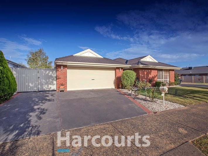33 Oaklands Way, Pakenham, Vic 3810