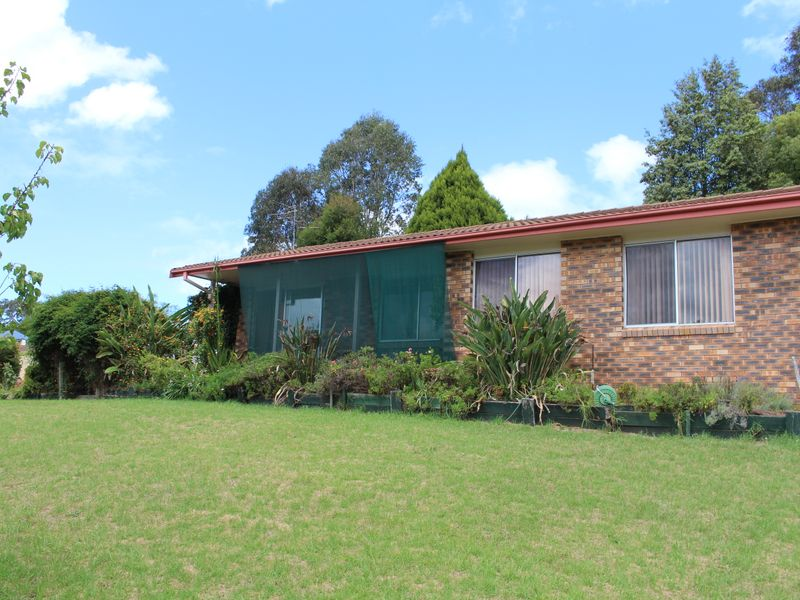 3 Laws Drive, Bega, NSW 2550