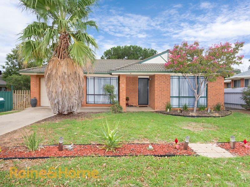 8 Juniper Place, Forest Hill, NSW 2651