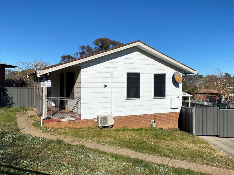 38 South Terrace, Orange, NSW 2800