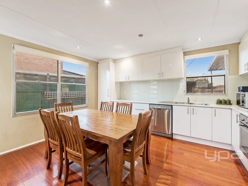 28 Westmere Crescent, Coolaroo, Vic 3048