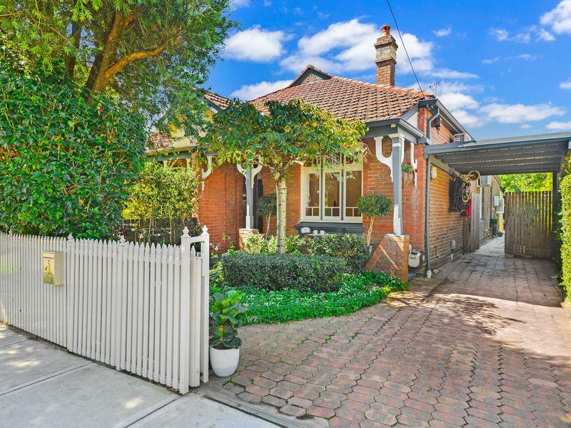 4 Carshalton Street, Croydon, NSW 2132