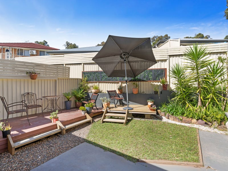 2/4 Heron Close, Watanobbi, NSW 2259