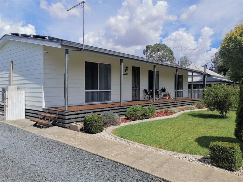 7 Herman Street, Walla Walla, NSW 2659