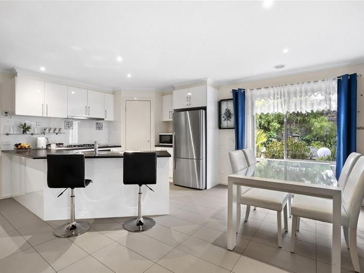14 Silver Gull Court, Leopold, Vic 3224