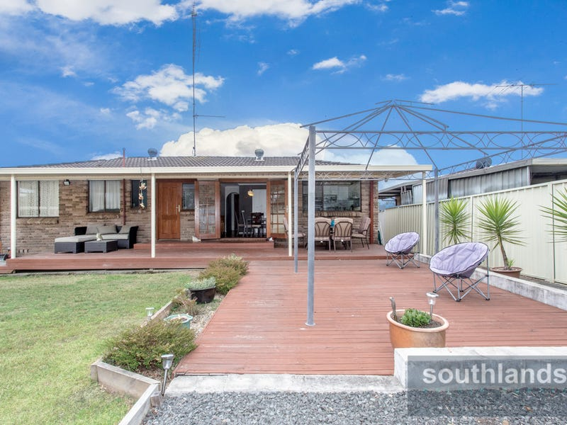 52 Timaru Grove, South Penrith, NSW 2750