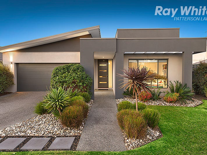 4 Artesian Place, Waterways, Vic 3195