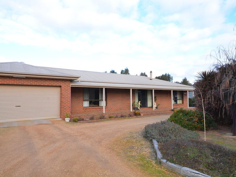 15-17 Paxton Street, Great Western, Vic 3374