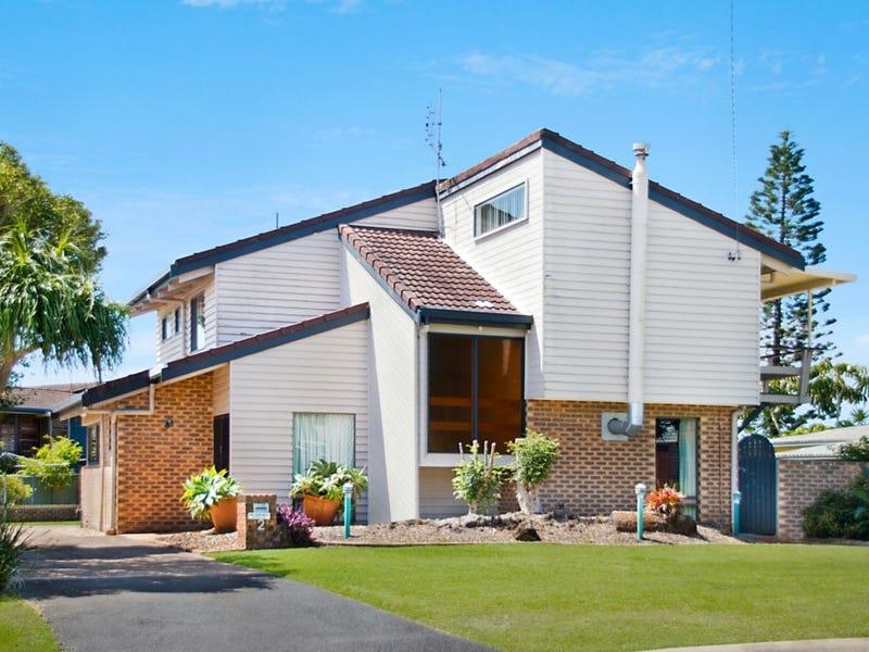 2 Elanora Avenue, Pottsville, NSW 2489