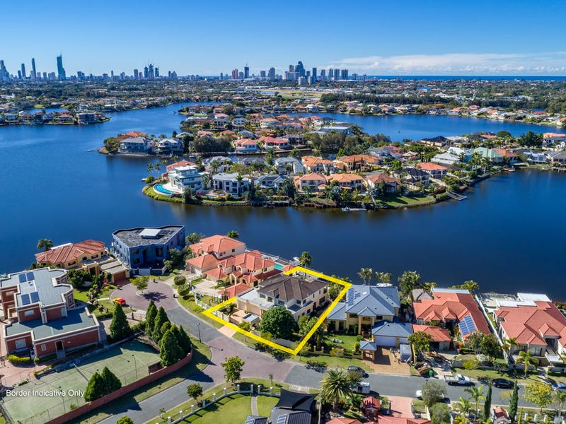 8 Bollard Circuit, Clear Island Waters, Qld 4226