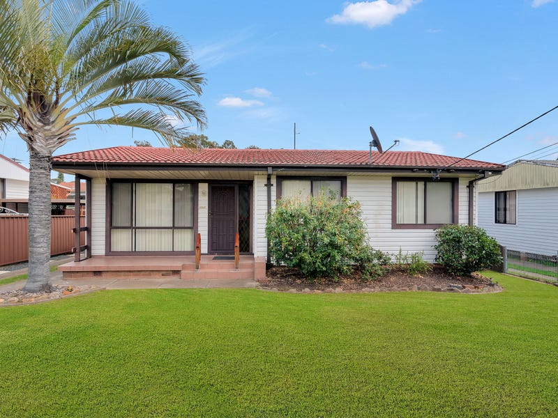 13 Quiros Avenue, Fairfield West, NSW 2165