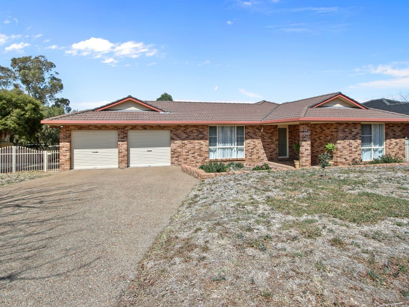 33 Overlanders Way, Tamworth, NSW 2340