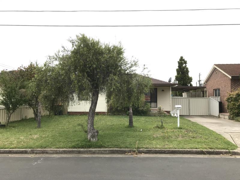 37 Fiona Street, Mount Pritchard, NSW 2170
