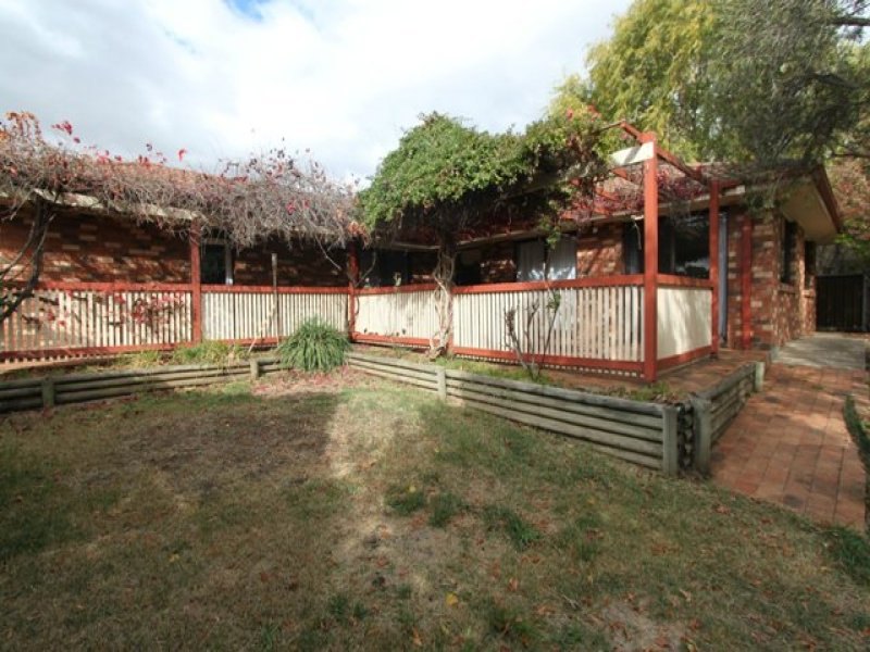 5 Stocks Place, Bathurst, NSW 2795