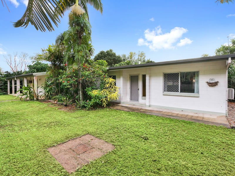 14 Marietta Street, Holloways Beach, Qld 4878