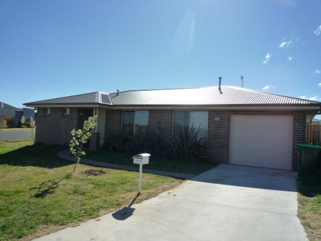 1 Gregory Place, Orange, NSW 2800
